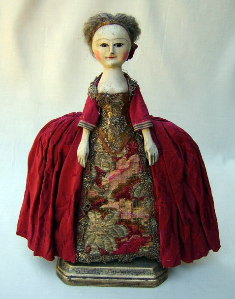 18th-century-fashion-doll